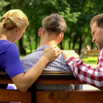 Зачем усыновляют подростков: мотивы приемных родителей