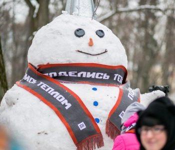 «Теплые» снеговики подарили детям-сиротам 95 онлайн-уроков