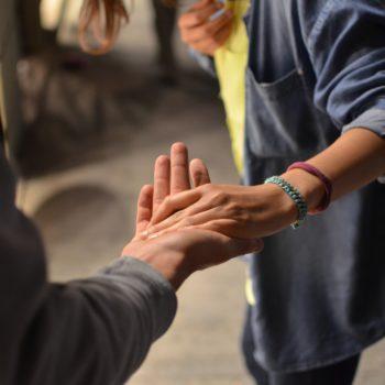 Арифметика добра & Meduza: Хочу помогать сиротам. Что я могу сделать?