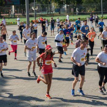Участники благотворительного забега Run with SAP подарили год занятий воспитанникам детских домов